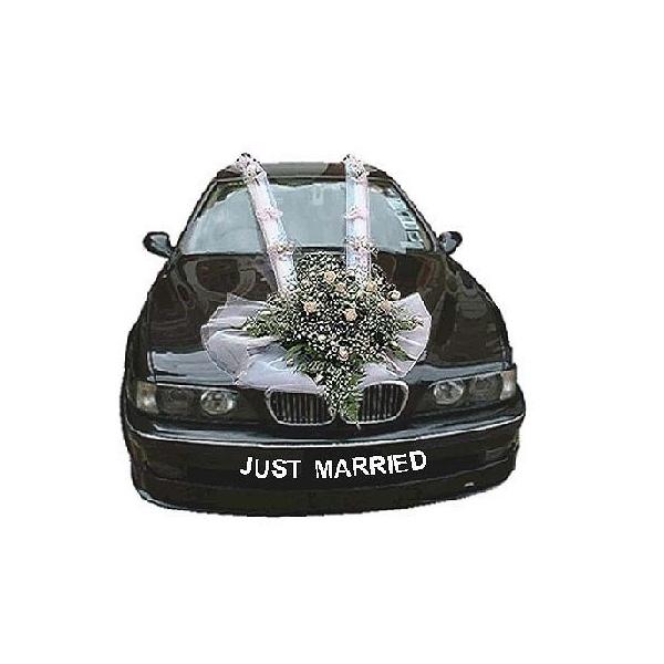 Düğün arabası süsleri
